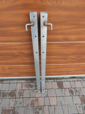 Słupek drzwiowy 1